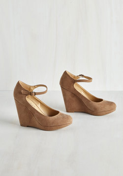 That's Classy-fied Heel in Taupe Secret