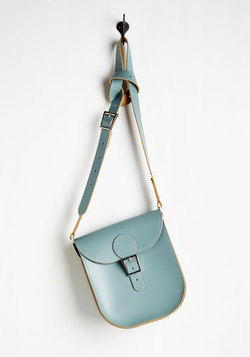 Tasteful in Transit Bag in Dusty Blue