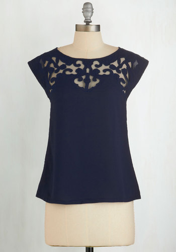 Pottery Date Top in Navy