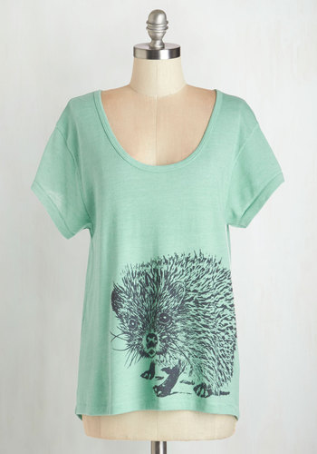 You're Looking Sharp Top - Green, Short Sleeve, Mid-length, Knit, Print with Animals, Casual, Quirky, Critters, Short Sleeves, Summer, Scoop, Mint, Woodland Creature, Pastel