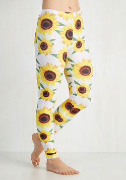 Fresh Take Leggings in Sunflowers