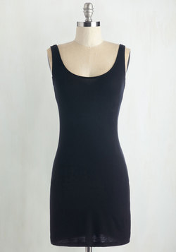 Top of the Minimalist Tunic in Black