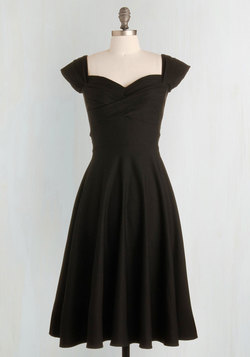 Pine All Mine Dress in Noir