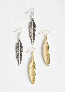 Make Plume for Me Earring Set