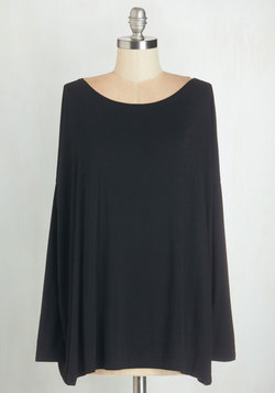 Simplicity Under the Sunrise Top in Black