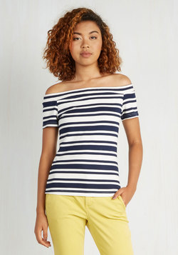 Countless Compliments Top in Navy