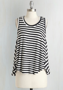 Start the Sway Right Top in Bold Stripes