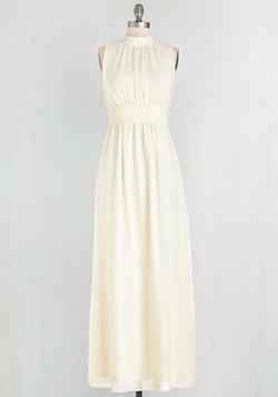 Windy City Maxi Dress in Ivory