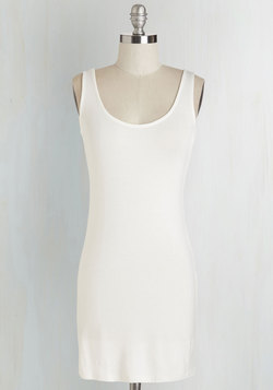 Top of the Minimalist Tunic in Ivory