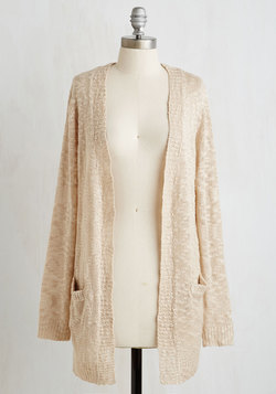Breakfast in Bedfordshire Cardigan in Oatmeal