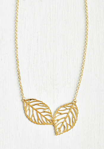 Two Frond of You Necklace