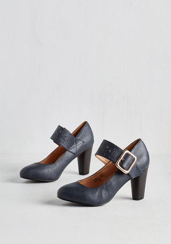 Help Yourself Heel in Dusk
