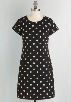 Say It with Daisies Dress