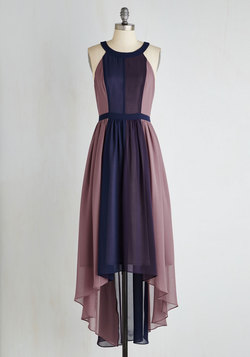 Peachy Queen Dress in Berry