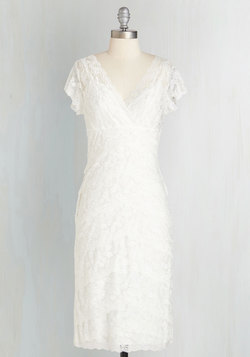 Decadent Dining Dress in Ivory