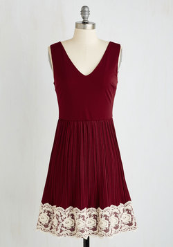 Personal Essayist Dress in Merlot