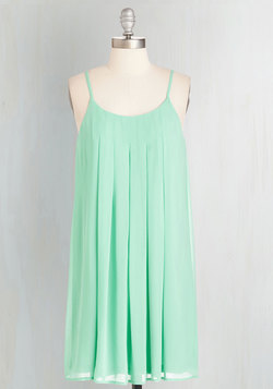 Getaway Goddess Dress in Mint