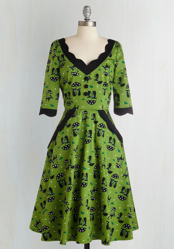 Weekend Fore-cats A-Line Dress - Long, Cotton, Woven, Green, Black, Print with Animals, Print, Scallops, Daytime Party, Pinup, 50s, 60s, Cats, Fit & Flare, 3/4 Sleeve, Better, Vintage Inspired, Halloween, Novelty Print