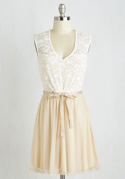 White Haute Cocoa Dress in Vanilla
