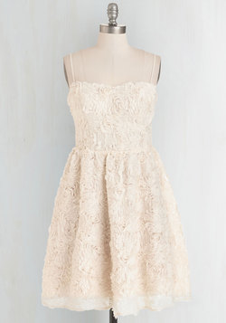 Rosette an Example Dress