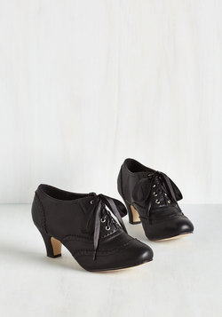 Dance it Up Heel in Black