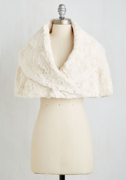 Song and Elegance Capelet