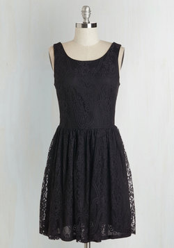 Dream Design Dress in Black