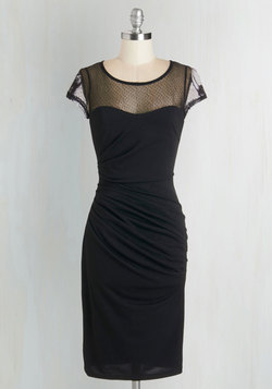 Fete for a Queen Dress in Black