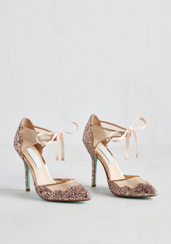 Viva la Diva Heel in Blush