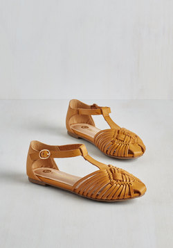 Weave Only Just Begun Sandal in Sunflower