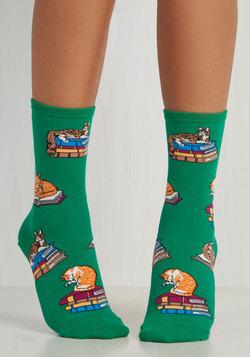 Hooked on Paw-nics Socks