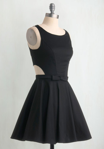 Classic Twist Dress in Black - Black, Solid, Bows, Cutout, Party, Sleeveless, Vintage Inspired, 50s, Short, Variation, Fit & Flare, 60s, LBD, Prom, Homecoming