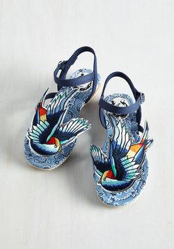 Tweet of Foot Sandal
