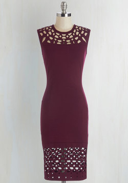 Grand Gallery Dress in Burgundy