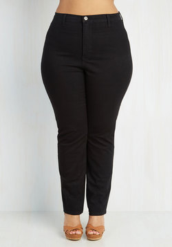 Gotta Jet Set Jeans in Black - Plus Size