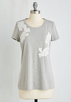 Applique Sera Sera Top in Fog