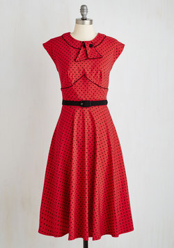 Retro Revive Dress in Red