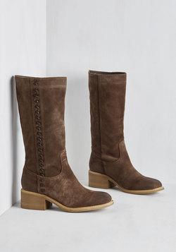 Nashville Me In Boot