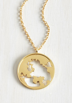 Hot to Globetrot Necklace