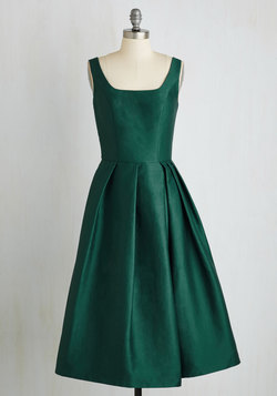 Confident and Powerful Dress in Emerald