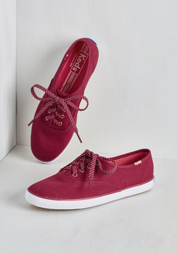 Prep by Step Sneaker