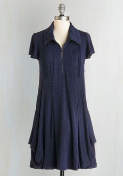 Fresh Flow Dress in Navy
