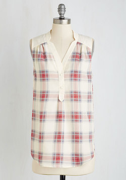 Girl About Easton Tunic in Ivory Plaid