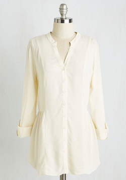 Trusty Travel Top in Ivory