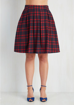 Sweet and Tartan Skirt in Crimson