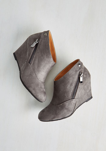 Tea and Jam Session Wedge - Faux Leather, Grey, Solid, Exposed zipper, Urban, Good, Wedge