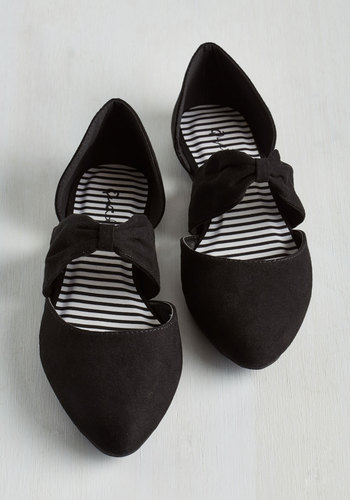 Three Strides and Youre Haute Flat in Black $24.99 AT vintagedancer.com