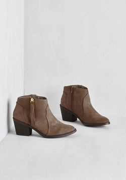 Lay of the Portland Bootie in Taupe