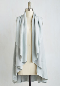 Head to Macchiato Vest in Powder Blue
