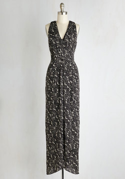 Silver Screen Stunner Dress in Black Speckle